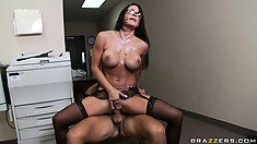 Sexy brunette cougar cums after getting fucked raw on a desk