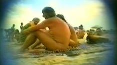 Voyeur outdoor bj on the beach